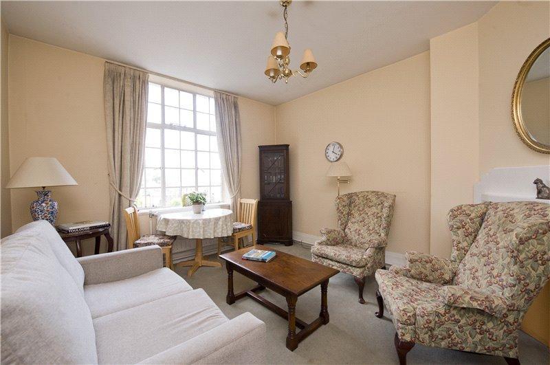 1 Bedroom Flat for sale in Britten House, Britten Street, London, SW3