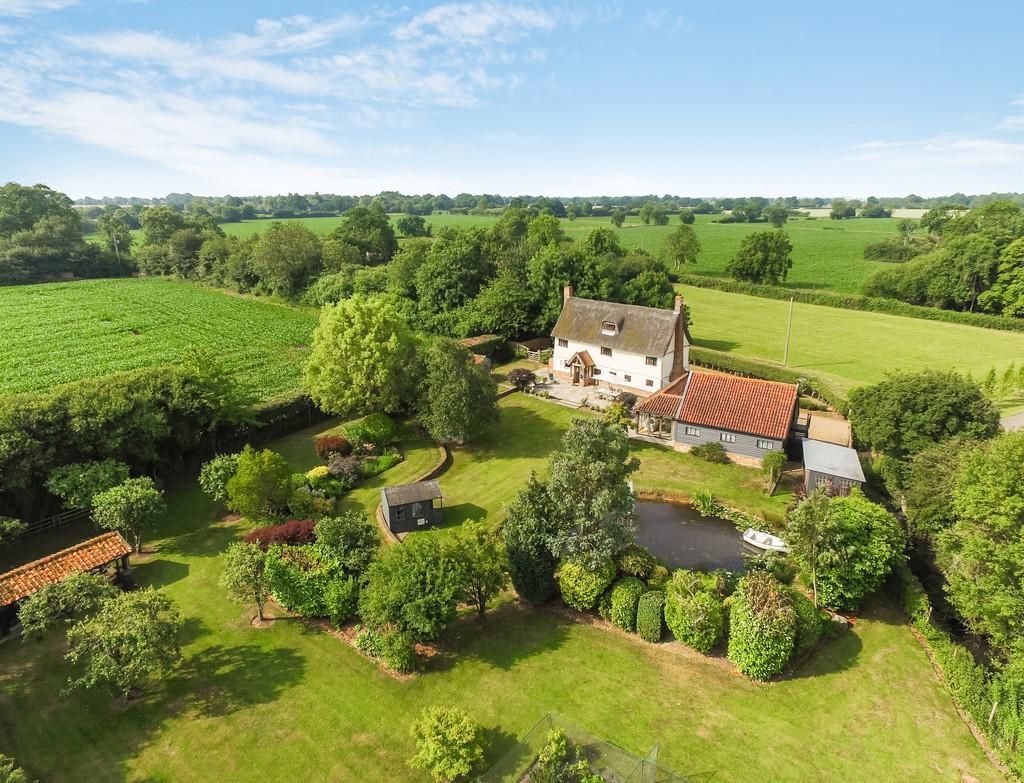 5 Bedrooms Detached House for sale in Wilby, Nr Stradbroke, Suffolk