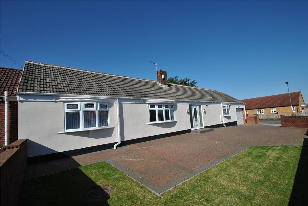 3 Bedrooms Detached Bungalow for sale in Tregoney Avenue, Murton, Seaham, Co. Durham, SR7