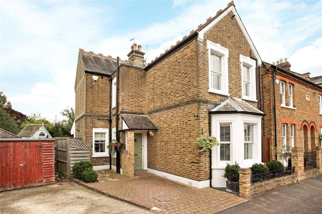 3 Bedrooms Detached House for sale in Bourne Avenue, Windsor, Berkshire, SL4