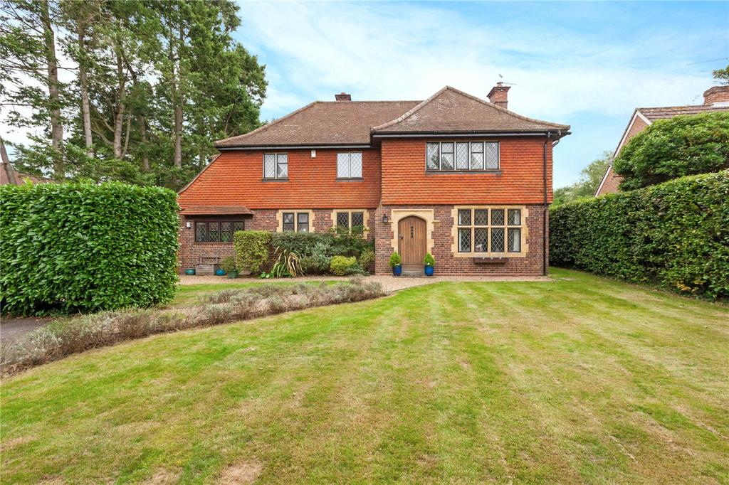 5 Bedrooms Detached House for sale in Greys Road, Henley-on-Thames, Oxfordshire, RG9