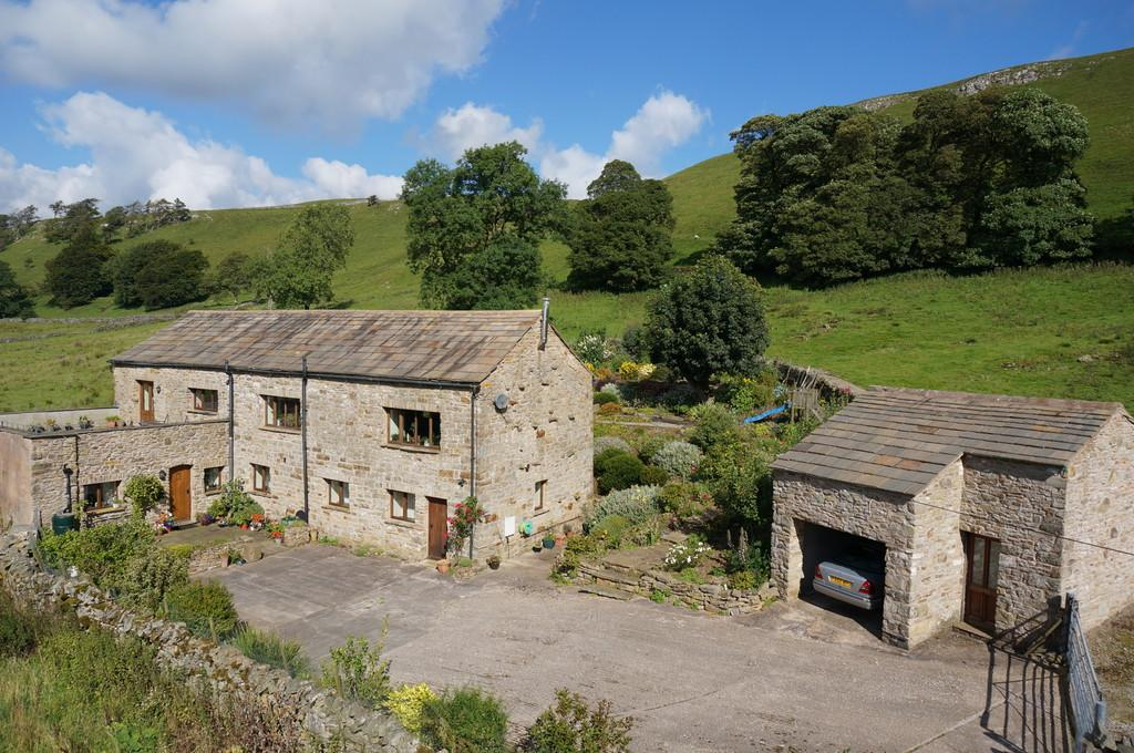 5 Bedrooms Detached House for sale in The Old Dairy, North Stainmore, Cumbria