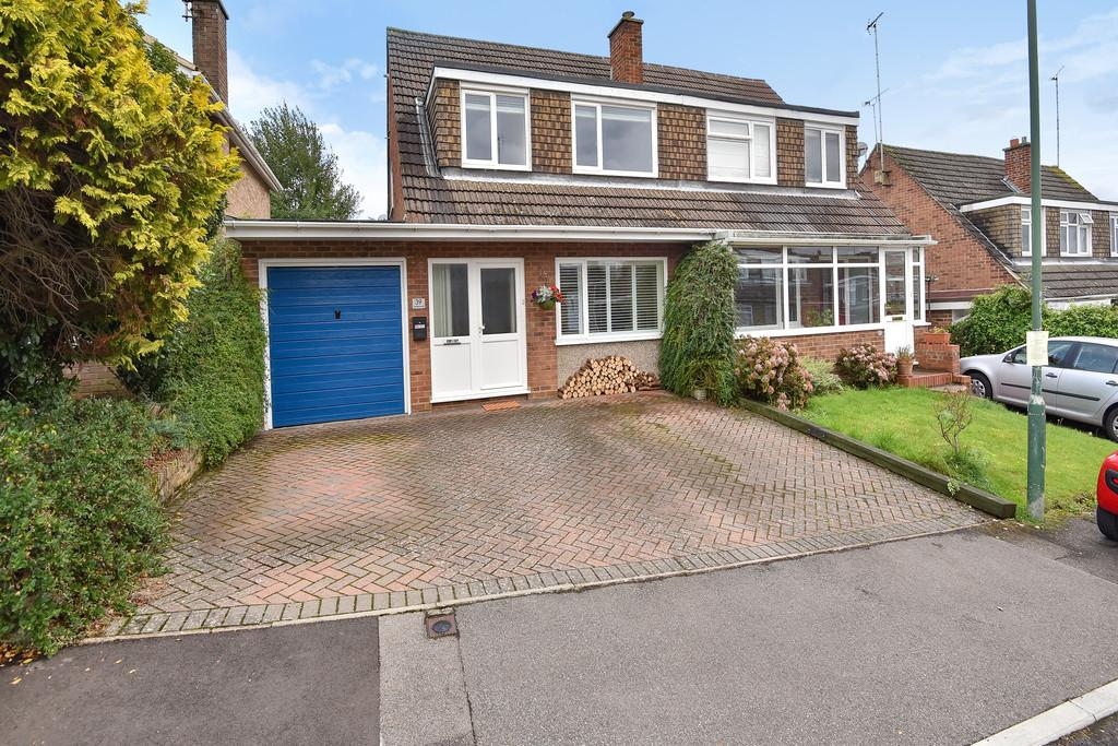 3 Bedrooms Semi Detached House for sale in Greystones Road, Bearsted