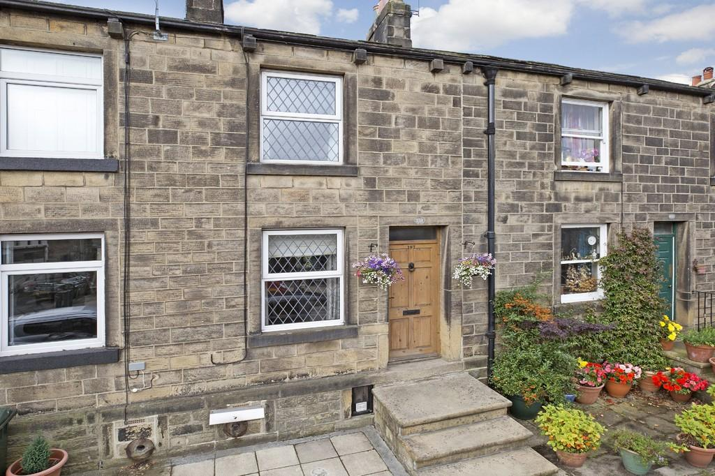 2 Bedrooms Terraced House for sale in Main Street, Burley in Wharfedale