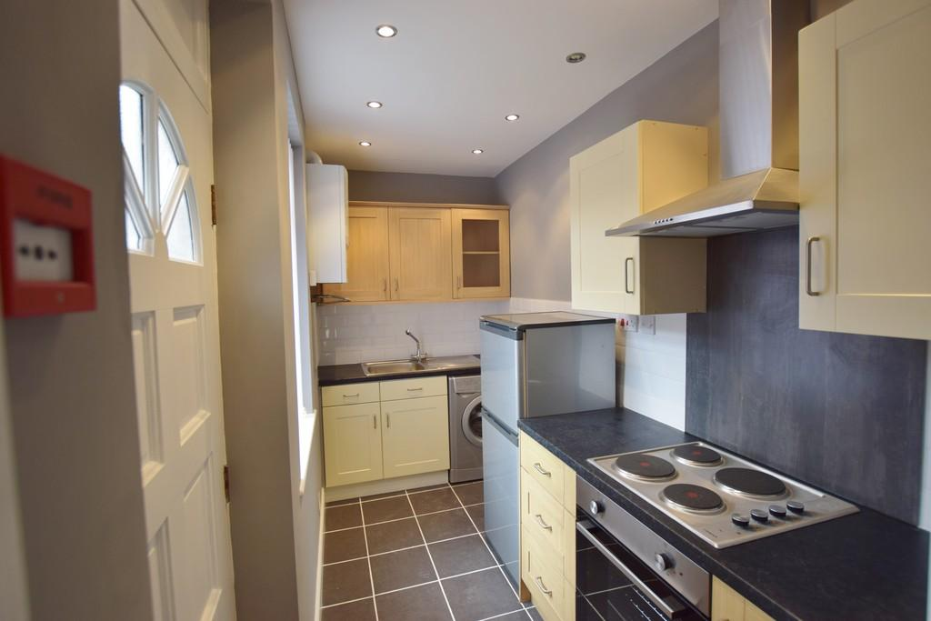 4 Bedrooms Terraced House for sale in Nowell Place