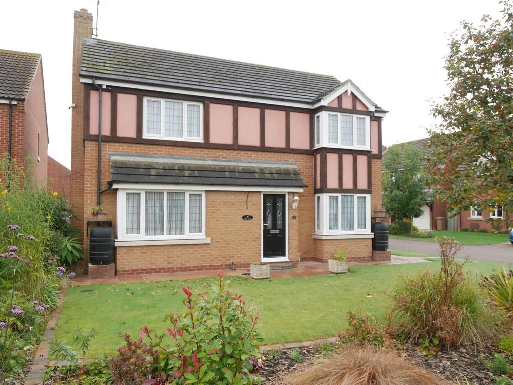 4 Bedrooms Detached House for sale in Hazel Crescent, Gilberdyke