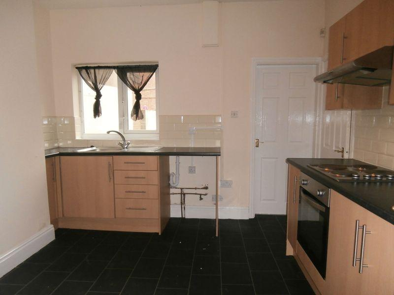 2 Bedrooms Terraced House for sale in Abbey Street, Hull