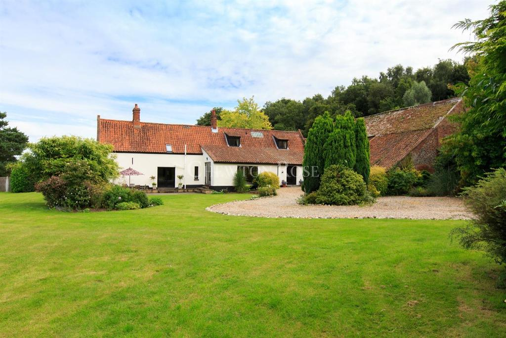 5 Bedrooms Barn Character Property for sale in Close to Norwich