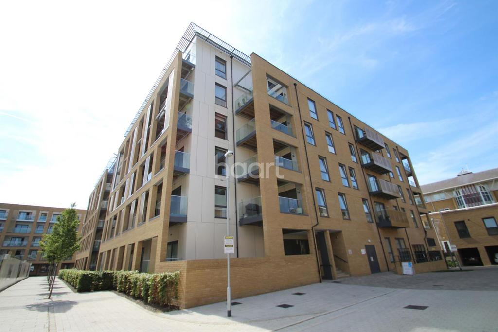 2 Bedrooms Flat for sale in Dunn Side, Chelmsford