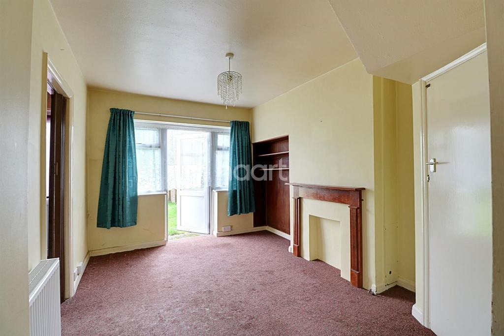 3 Bedrooms Semi Detached House for sale in Northolt