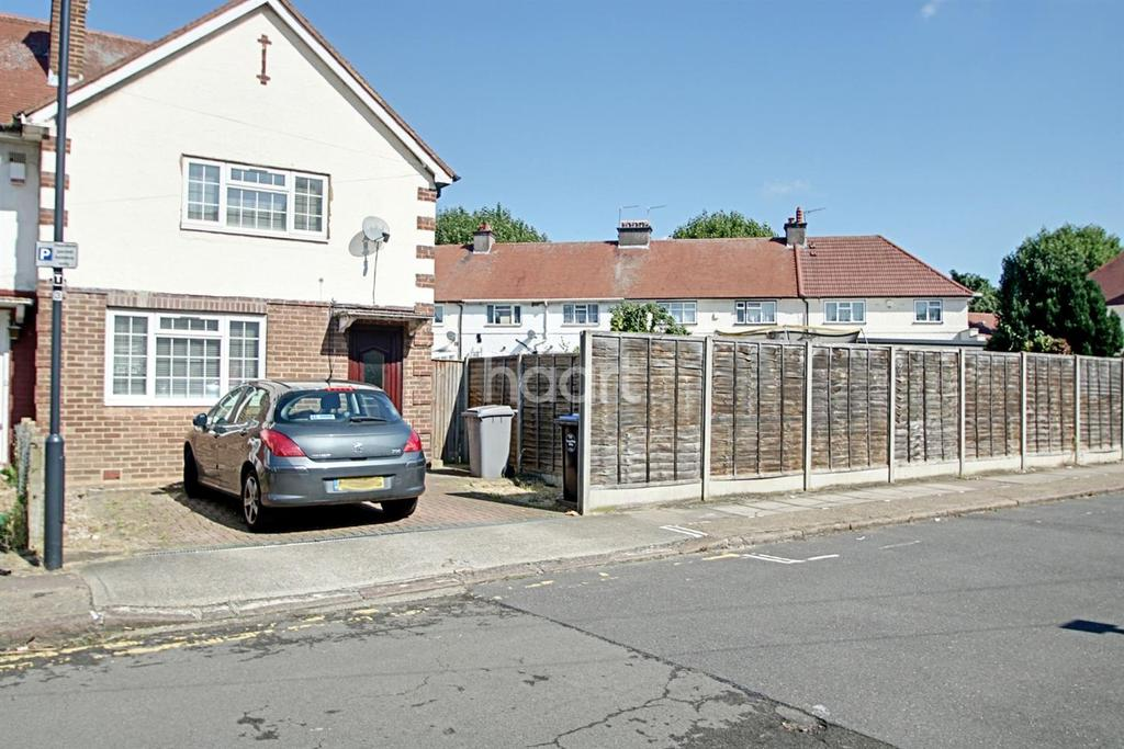 3 Bedrooms End Of Terrace House for sale in Normans Close, NW10