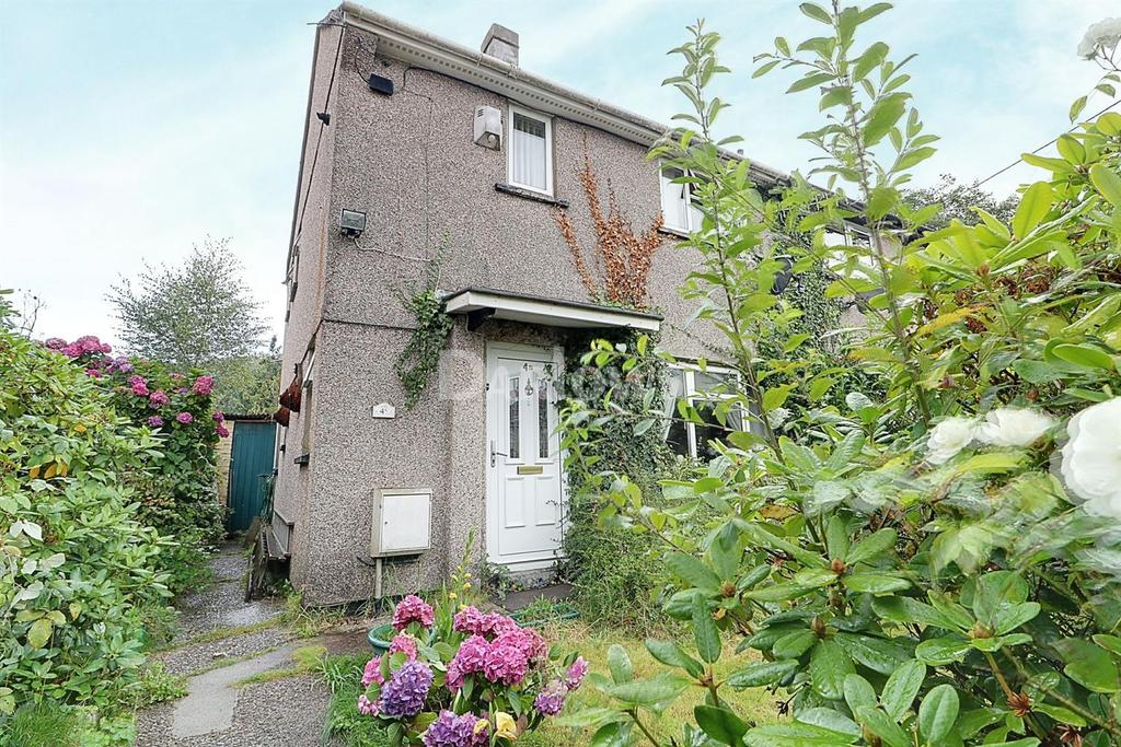 2 Bedrooms Semi Detached House for sale in Tyn-y-Waun, Ystrad