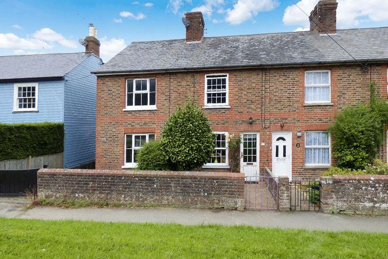2 Bedrooms Terraced House for sale in High Street, Newick