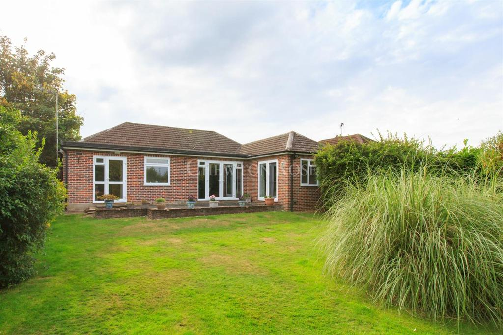 4 Bedrooms Bungalow for sale in Chalfont St Giles, Buckinghamshire