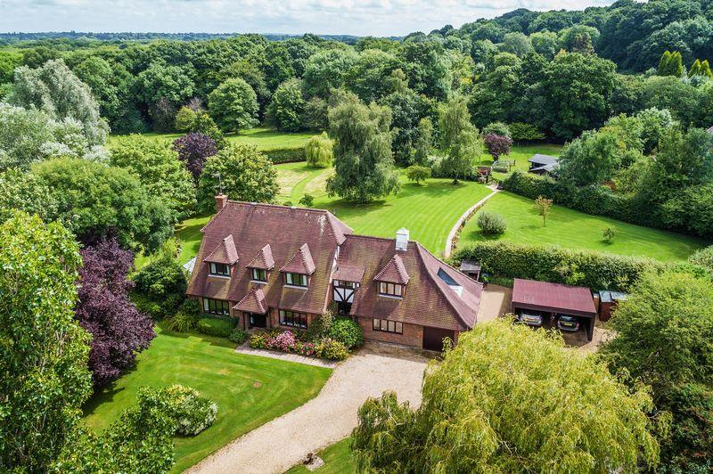 7 Bedrooms Detached House for sale in Haslemere