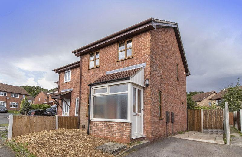 2 Bedrooms Semi Detached House for sale in OPAL CLOSE, OAKWOOD