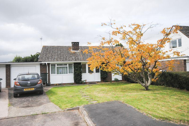2 Bedrooms Detached Bungalow for sale in Willow Close, Exeter