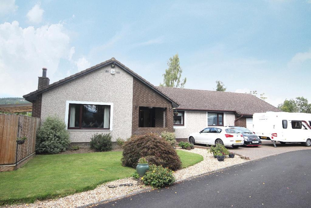 4 Bedrooms Detached Bungalow for sale in Station Park, Bridge of Earn, Perthshire , PH2 9RS