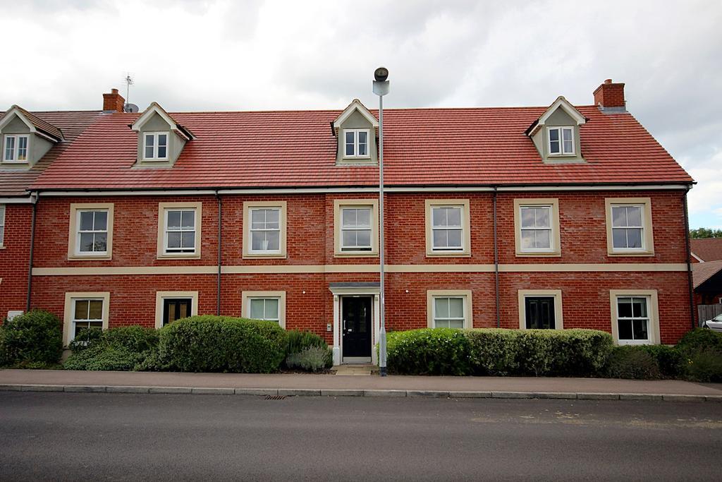1 Bedroom Apartment Flat for sale in Valerian Way, STOTFOLD, SG5