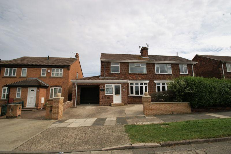 3 Bedrooms Semi Detached House for sale in Limes Crescent, Redcar