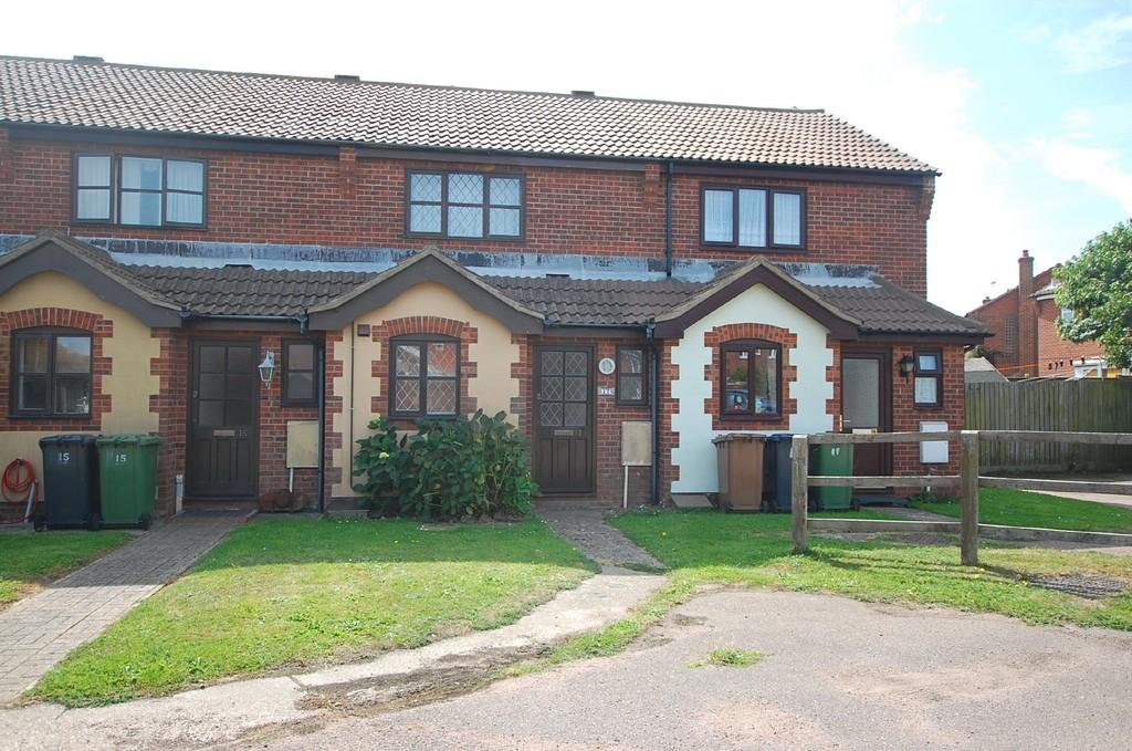 2 Bedrooms Terraced House for sale in Nelson Way, Mundesley