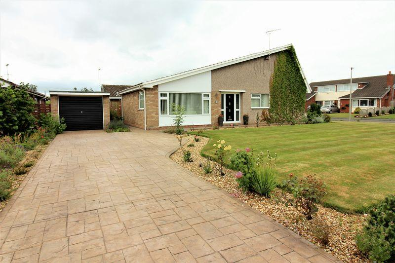 3 Bedrooms Bungalow for sale in Brookdale Way, Waverton, Chester