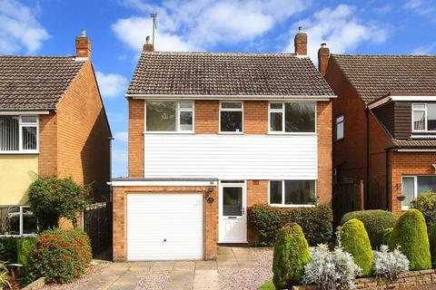 3 bedroom detached house to rent - PENN, Lea Manor Drive