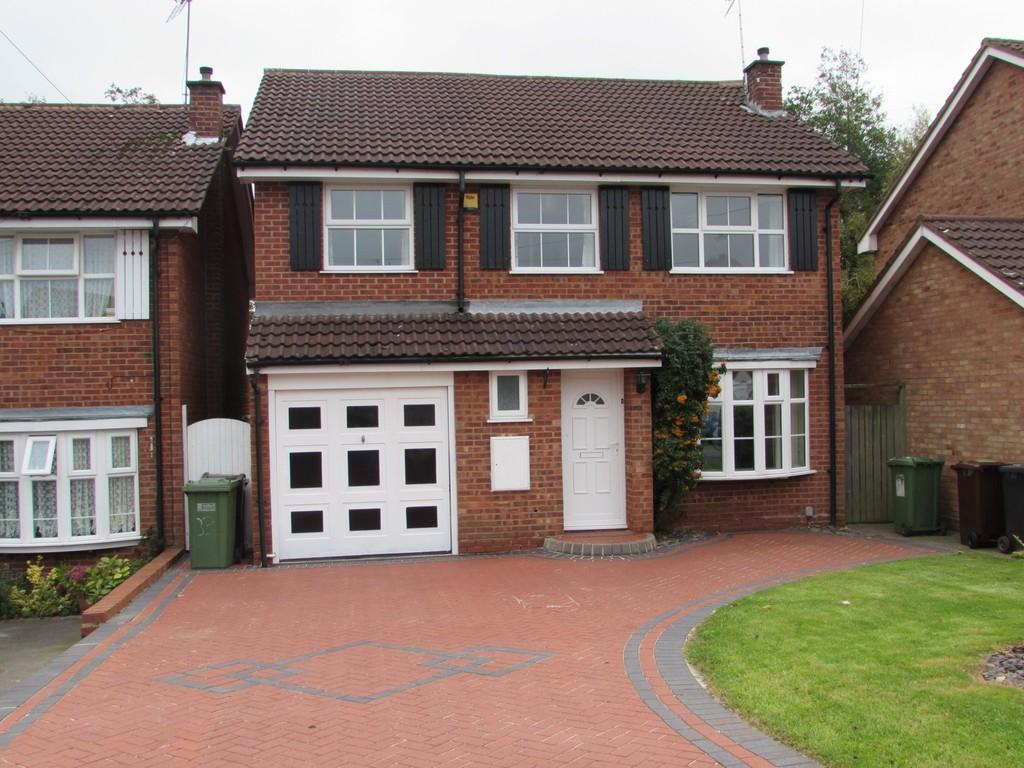 4 Bedrooms Detached House for sale in Harnall Close, Shirley
