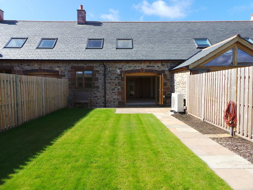 3 Bedrooms Barn Conversion Character Property for sale in Biggar Village, Walney