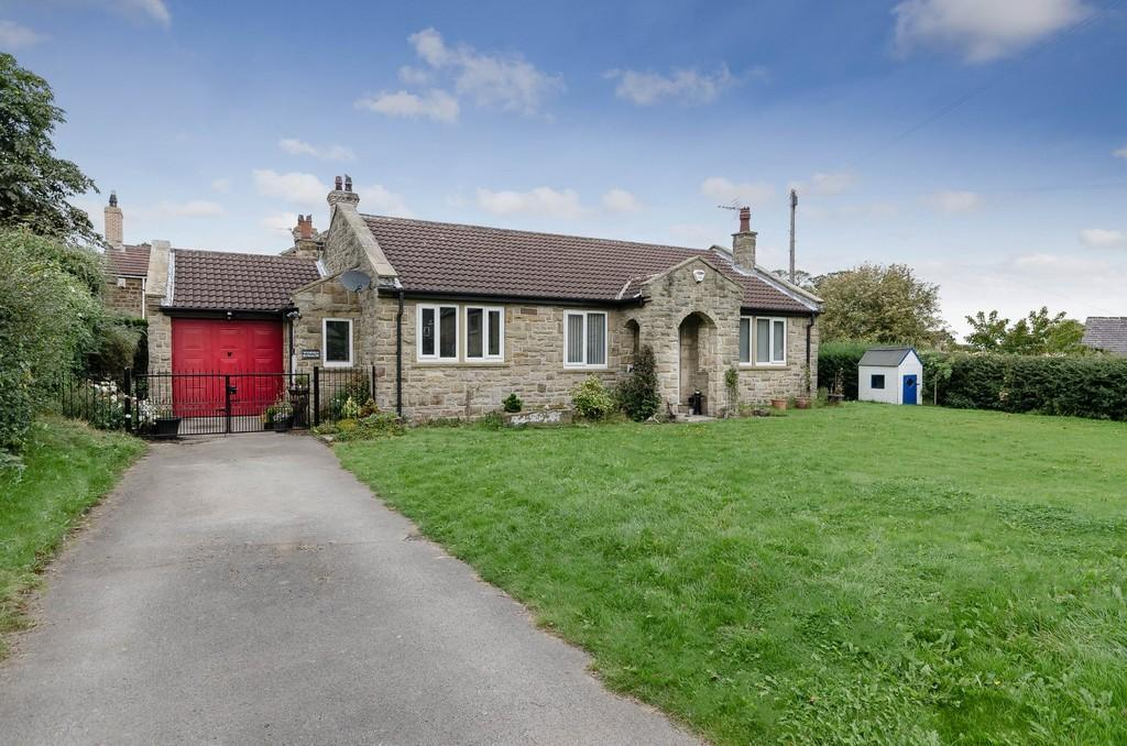 3 Bedrooms Detached Bungalow for sale in Back Lane, Badsworth