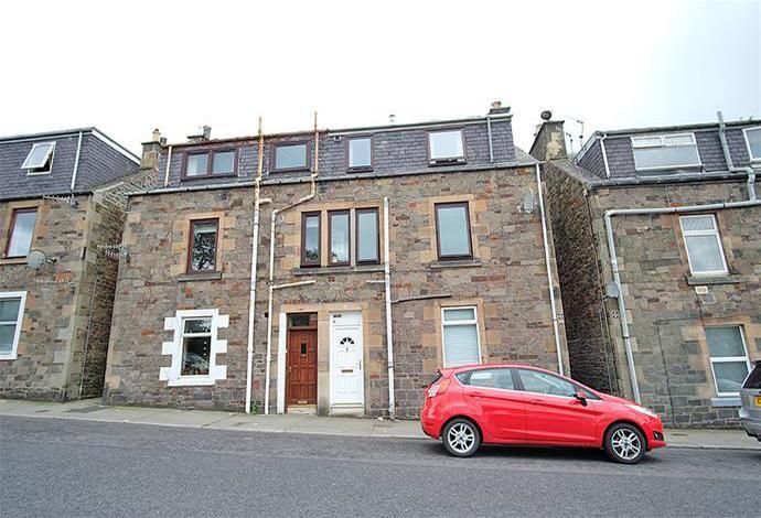 3 Bedrooms Flat for sale in 17 Woodside Place, Galashiels, TD1 1RE