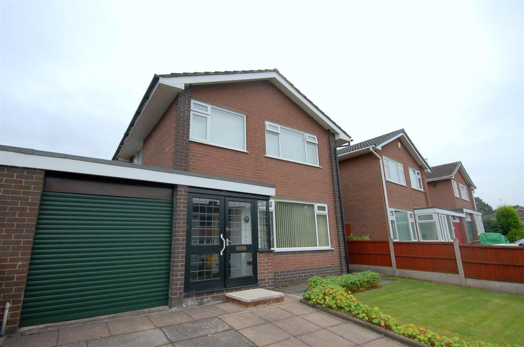 3 Bedrooms Detached House for sale in Dairylands Road, Church Lawton