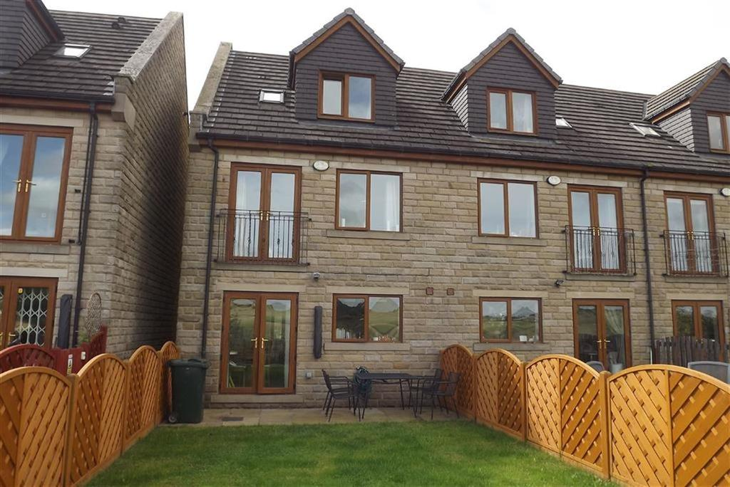 3 Bedrooms Town House for sale in Valley View, Penistone, Sheffield, S36