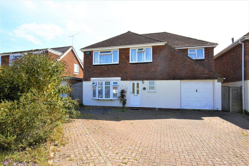 5 Bedrooms Detached House for sale in Norrington Road, Loose