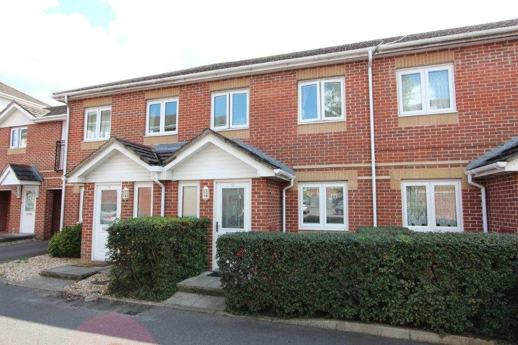 3 Bedrooms Terraced House for sale in Langstaff Way, Bitterne SO18