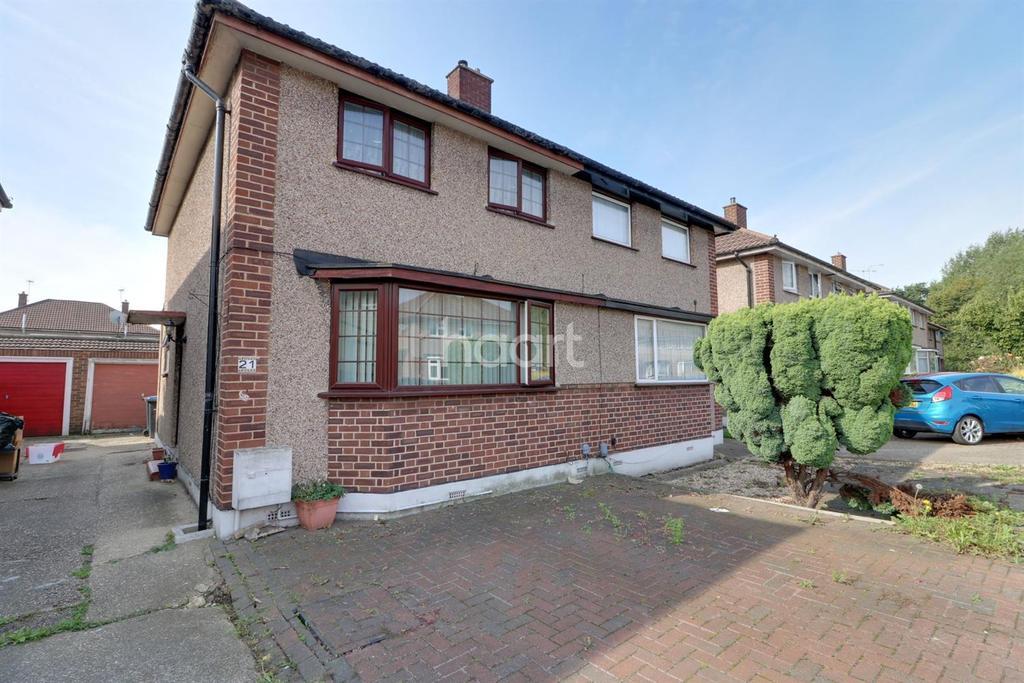 3 Bedrooms Semi Detached House for sale in Vernon Avenue, Enfield, EN3