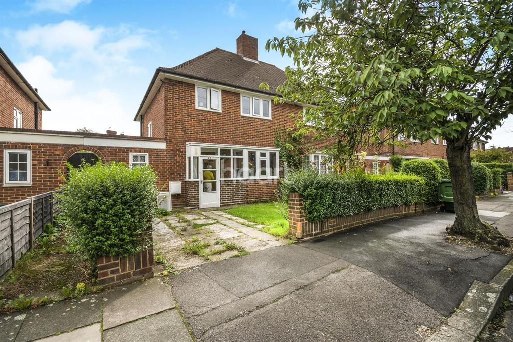 3 Bedrooms Semi Detached House for sale in Linkway, Raynes Park, London, SW20