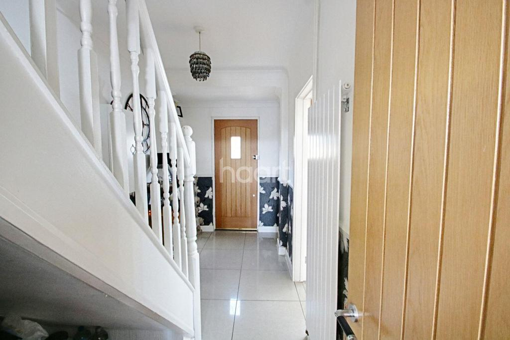 2 Bedrooms Terraced House for sale in Doddsfield Field