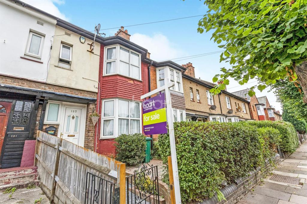 3 Bedrooms Terraced House for sale in Lessingham Avenue, Tooting, SW17