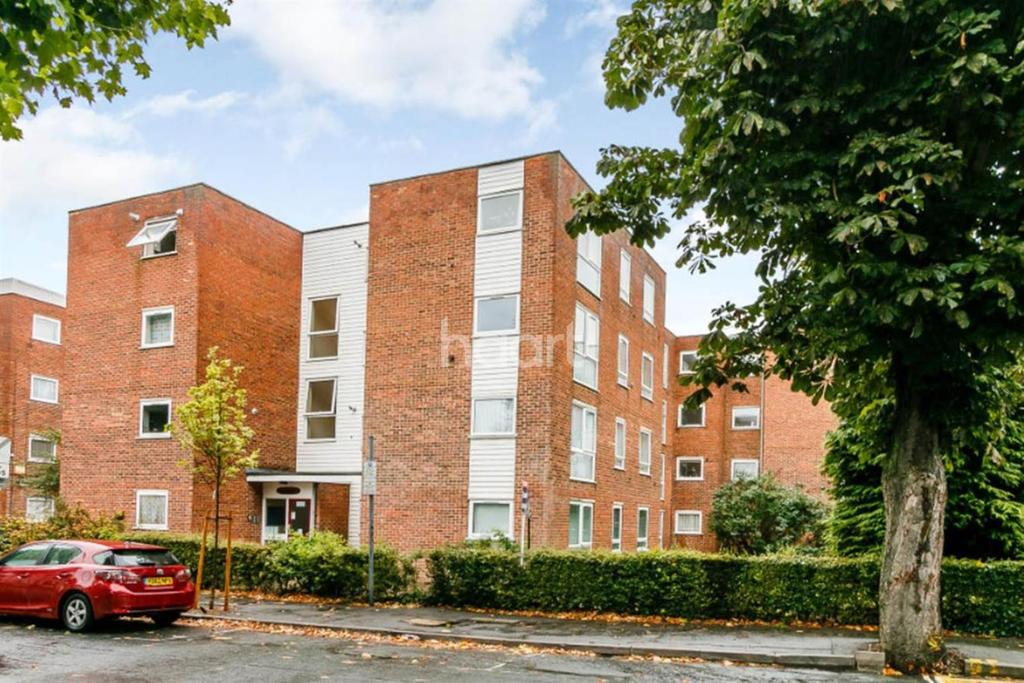 1 Bedroom Flat for sale in St James Road, Sutton, SM1