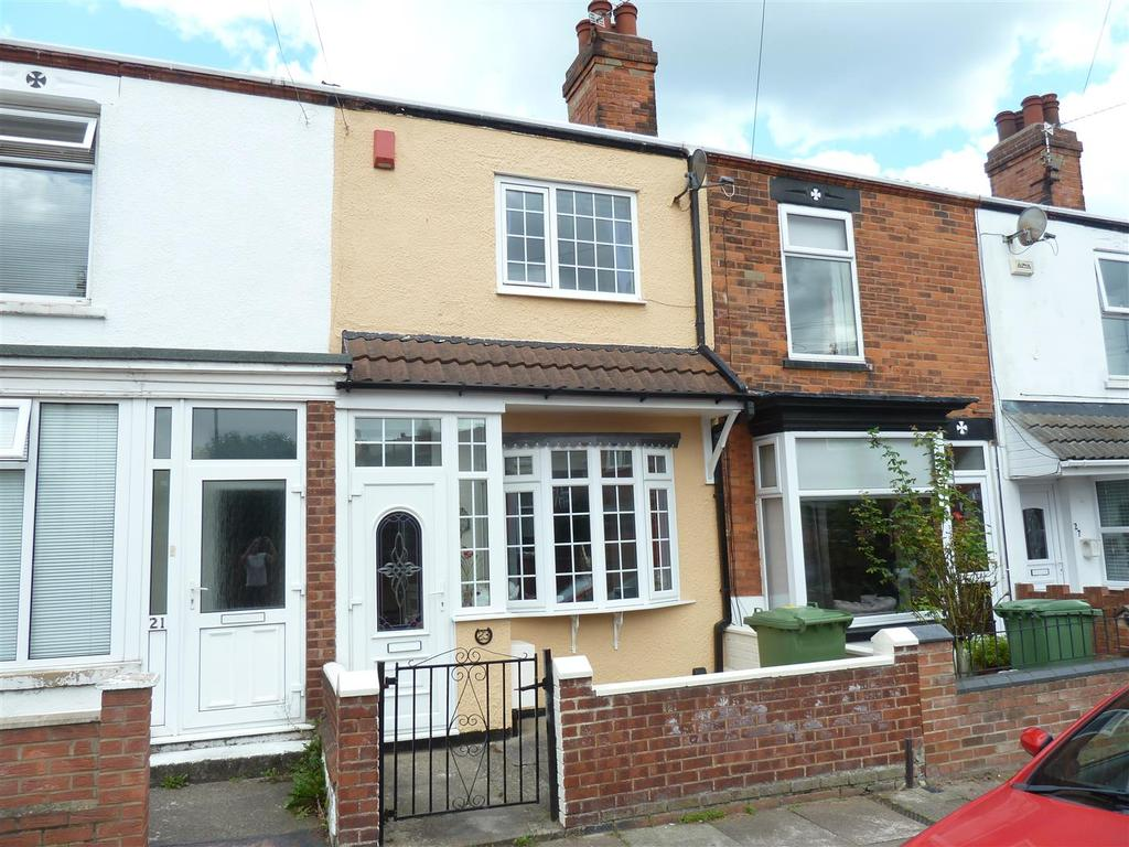 2 Bedrooms Terraced House for sale in Whites Road, Cleethorpes
