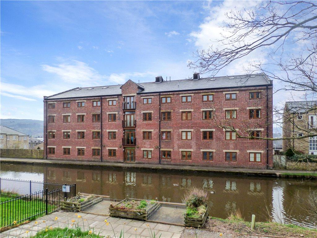 2 Bedrooms Apartment Flat for sale in Apartment 5, 10 Canal Road, Riddlesden, Keighley