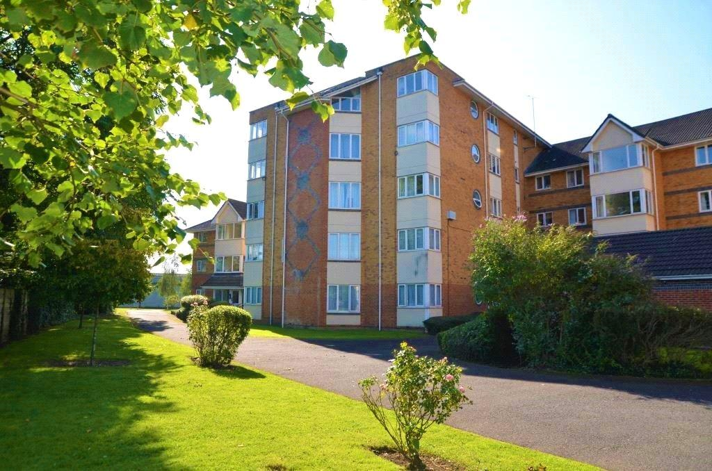 2 Bedrooms Apartment Flat for sale in Winslet Place, Oxford Road, Reading, Berkshire, RG30