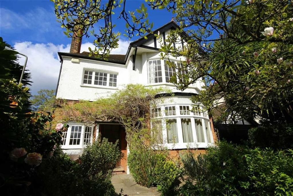 6 Bedrooms Detached House for sale in Gladsmuir Road, Barnet, Herts, EN5