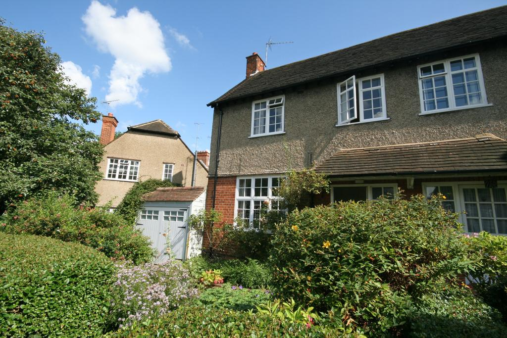 3 Bedrooms End Of Terrace House for sale in North View, Ealing W5