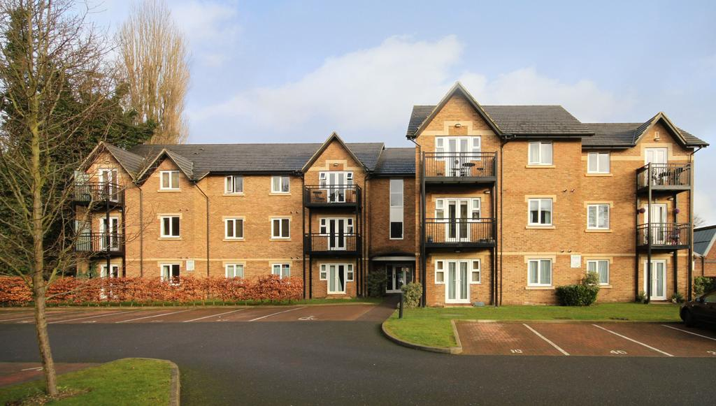 2 Bedrooms Apartment Flat for sale in High Street, Berkhamsted HP4