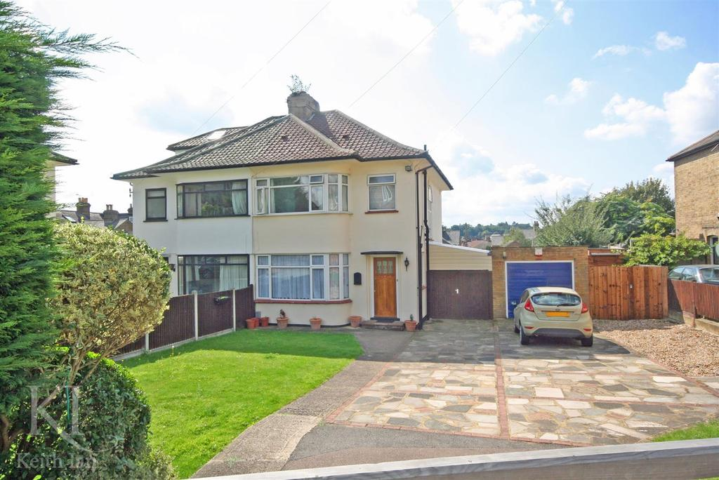 3 Bedrooms Semi Detached House for sale in Musley Lane, Ware