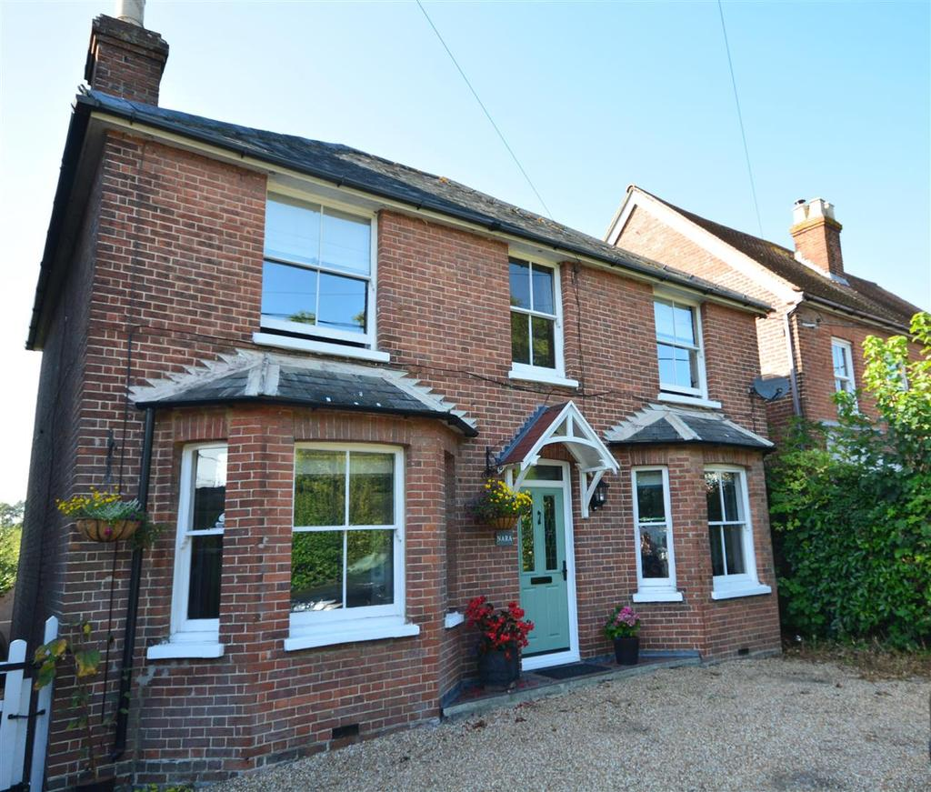 3 Bedrooms Detached House for sale in Lower Street, Ninfield