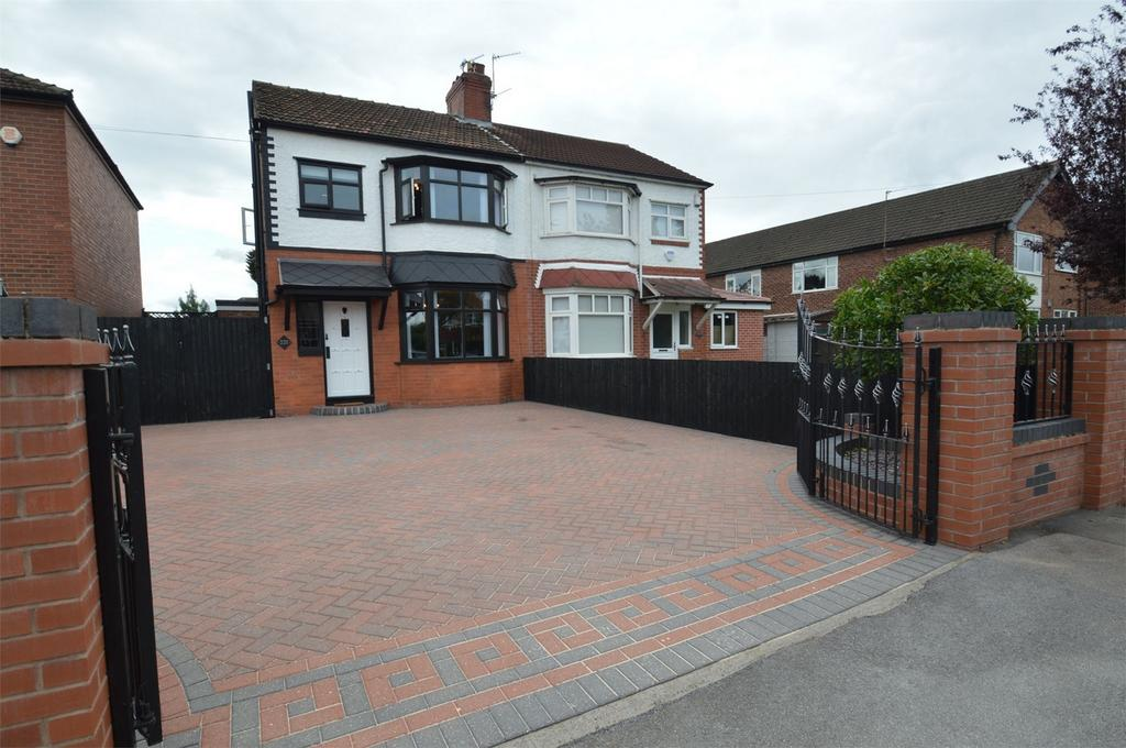 3 Bedrooms Semi Detached House for sale in Northenden Road, SALE, Cheshire