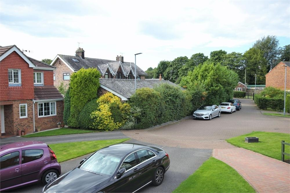 4 Bedrooms Detached House for sale in Heath Park Grove, RUNCORN, Cheshire